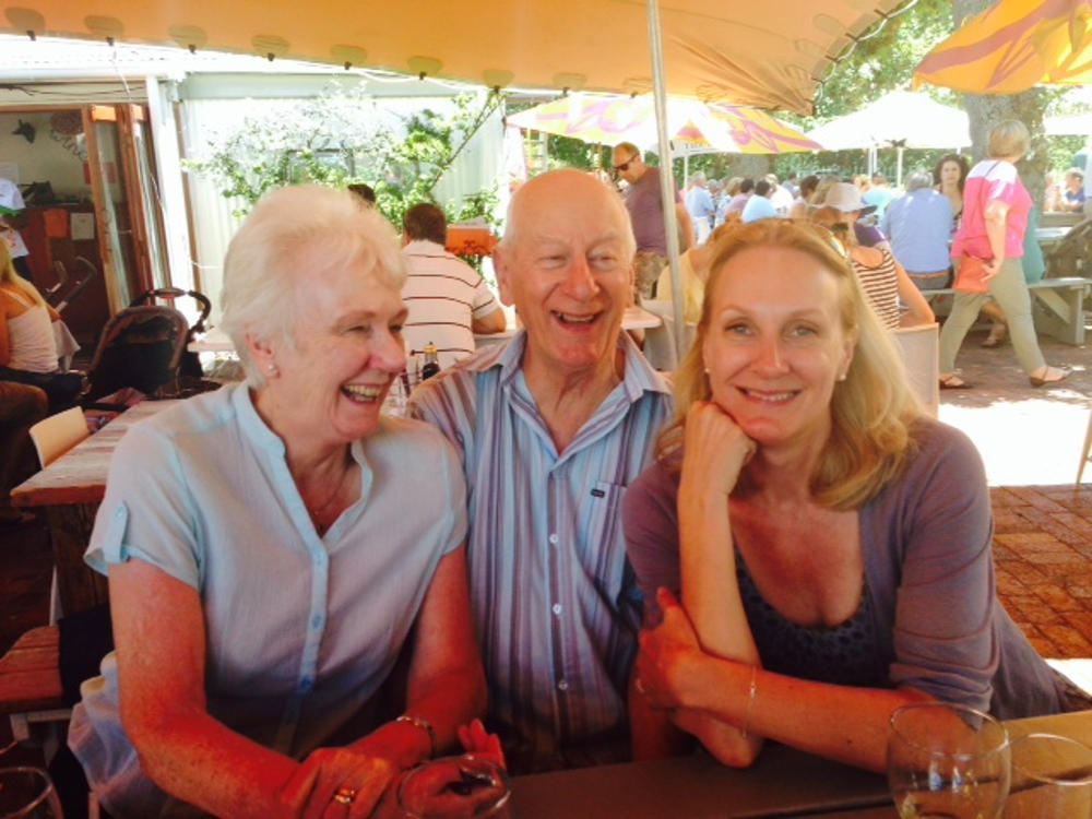 Pippa with her mother and father 1000