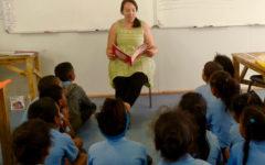 Leigh muller teacher in class-1170X800